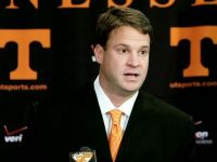 Tennessee Fans Mildly Upset, Riot After Lane Kiffin Resignation [Video]