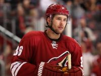 Coyotes Ink Wolski For Two Years