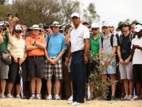 Tiger Woods Leads Australian Open After Two Rounds