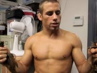 Urijah Faber Shaves Head for Ailing Sister