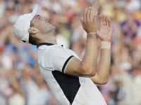 Martin Kaymer goes wire to wire at U.S. Open