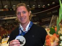 Swedish NHL player finally awarded Olympic medal after six-month wait