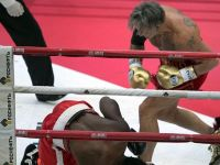 Boxer admits to taking a dive in bout against Mickey Rourke
